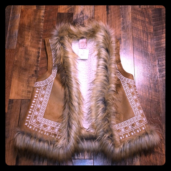 Flying Tomato Jackets & Blazers - Flying Tomato Embroidered Fur Vest